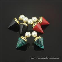 Las señoras de la alta calidad y los pendientes del perno prisionero del oro forman los pendientes de la joyería (hdx1143)