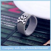 Malha macio O anel para homens titânio aço jóias anéis crânio atacado