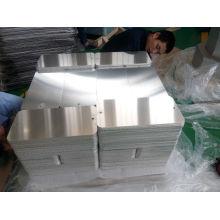Plots pré-percés et radius en angle retangé en aluminium