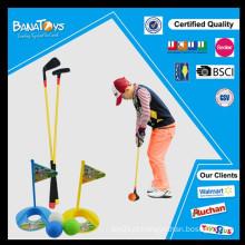 Desporto barato jogando golfe de brinquedo definido