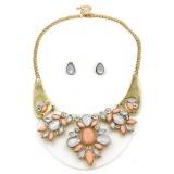Elegant Pink Opal Acrylic Stone Crystal Moon Shaped Base Chunky Choker Gold Collar jewelry set for owmen