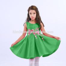 2017 fuente de la fábrica de color sólido Bordado vestido de fiesta del bebé niños vestidos diseños