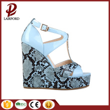 hot sale fashion varnished printed wedge sandals