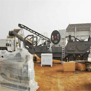 Mobile Stone Jaw Crushing Machine For Sale