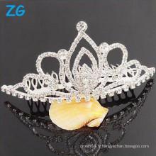 Gorgeous accessoires de cheveux de mariée en cristal peignes, peignes de cheveux en métal, peignoirs personnalisés pas chers