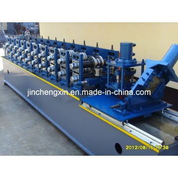 Kaltstahlbolzenformmaschine