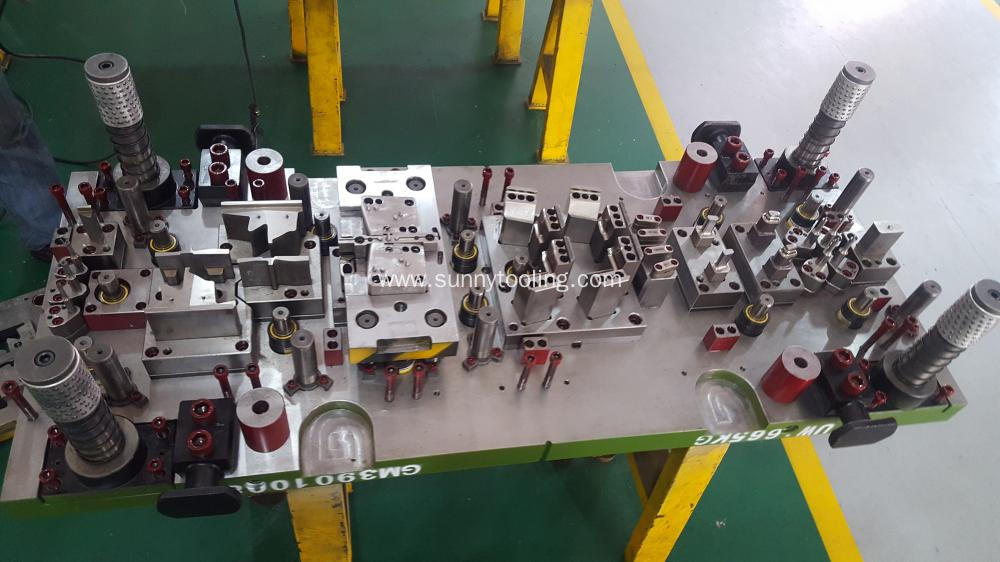Automotive Parts Stamping Dies/Toolings