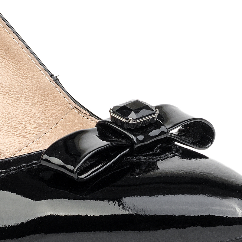 black mid heel leather shoes with bow tie