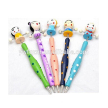 Hermoso bolígrafo decorativo de dibujos animados