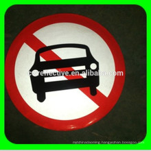 Aluminous high intensity reflective road traffic signs for road safety