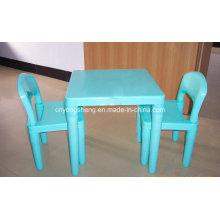 Kunststofftisch mit Kunststoff-Hocker Schimmel (YS11)