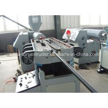 Chaîne de production ondulée de tuyau ondulé à simple paroi en plastique PE / PP / PA de 10-32mm