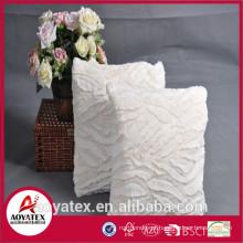 Novo design em relevo almofada de lã coral, almofada fashional com enchimento, almofada de lã coral made in china