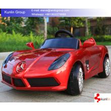 Lustige Multifunktionskinder fahren auf Elektroauto-Spielzeug für Großverkauf