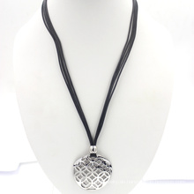 Gravierte Edelstahl-Art- und Weiseschmucksache-Wachs-Seil-Halskette