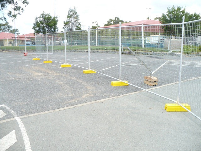 Festival use welding temporary fence