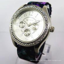Legierungs-Diamant-Kasten-Uhr-Nylonband-preiswerte Art- und Weisequarz-Uhr (HL-CD020)