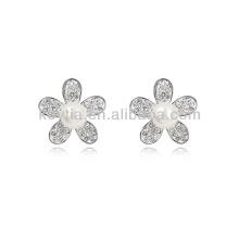 Brinco de pérolas de imitação brinco de forma de diamantes flor forma feita na Coréia