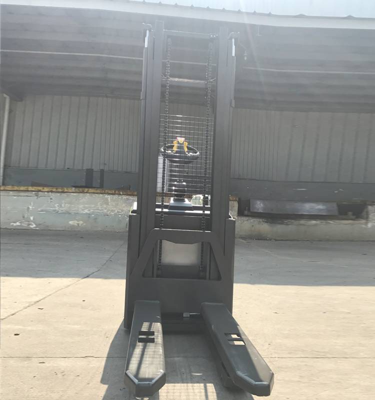 2ton Electric Stacker 13