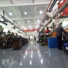 Plastic injection moulding auto tools