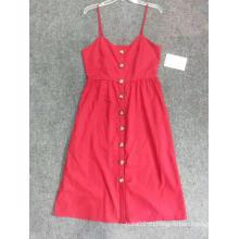 Модное платье с открытой спиной и цветочным принтом
