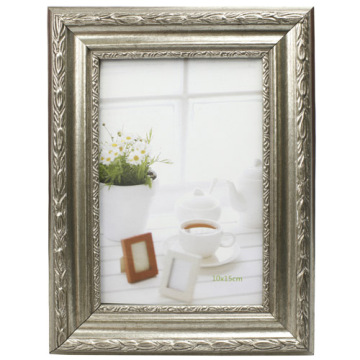 Gold Or Silver Plastic Photo Frame Popular In 20x25cm