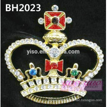 crown pageant pin