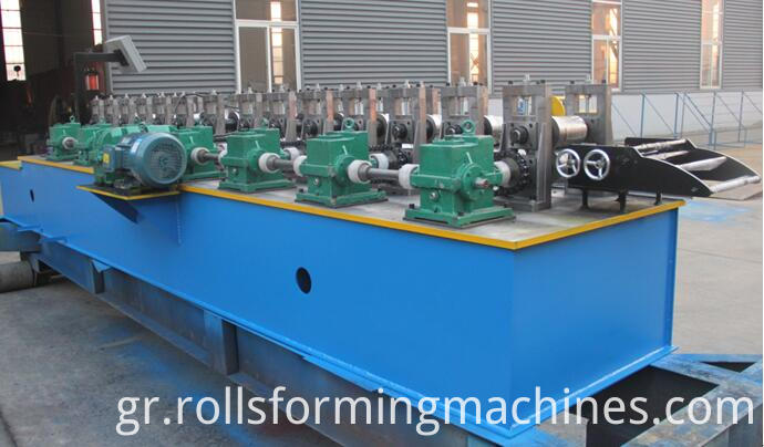 shutter door U guide machine U guide roll forming machine 4