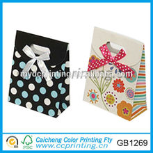 mini bolsa de regalo de papel con nudo de lazo