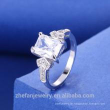 Rhodium überzogener weißer quadratischer Zirconia-Ring mit bestem Preis-hoher Qualität