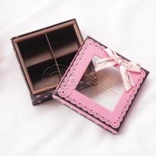 Boîte de chocolat sur mesure avec fenêtre en PVC et plateau