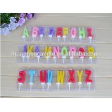 Velas de cumpleaños con letras y números