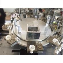 Kundenspezifische Kunststoffteile Montagemaschine