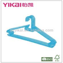 Percha de plástico de cristal caliente de PS que vende con los estantes para el lazo y Nothes para las correas