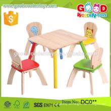 Estilo de la manera La tabla a estrenar de los cabritos de madera de la alta calidad y el sistema 4-Chair Alibaba al por mayor de China