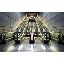 Hübsche, schöne Rolltreppe