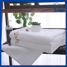 Чистые полотенца гостиницы хлопка гостиницы (QHS4456)