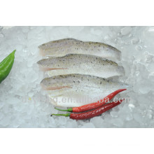 Pele congelada em filetes de peixe de mar