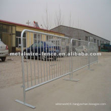 metal crowd control barriers)