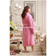 Pie del panal de la longitud del telar jacquar albornoz las mujeres con mangas largas