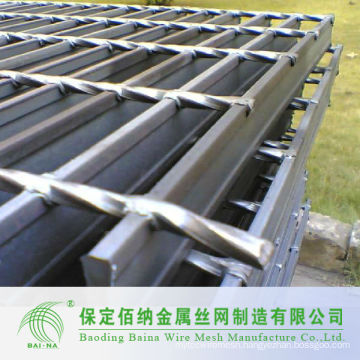 Welded Silver White Steel Bar Grating Mesh Products