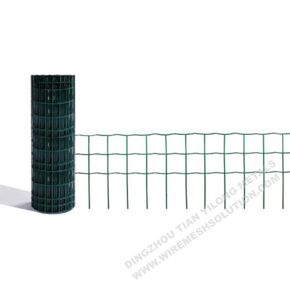 Green Plastic Coated Euro Fence