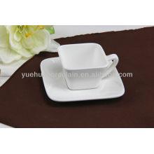 Keramische Form quadratische Teetasse und Untertassen