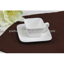 Forma de cerámica taza de té cuadrada y platillos
