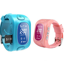 Small Kids GPS Tracker with Watch Design, High Quality, Healthy Design (WT50-KW)