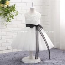 Diseño sin mangas de color blanco y tipo de suministro de servicio OEM tipo niñas vestidos de fiesta de tul