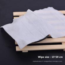 Serviettes humides 10 pièces par paquet
