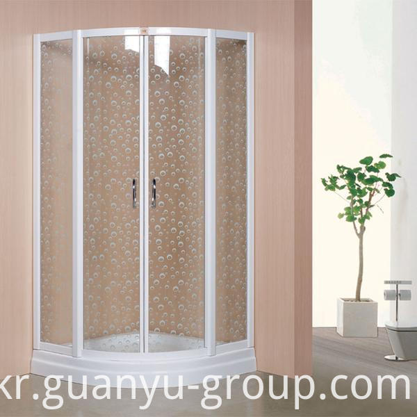 Simple Tempered Glass Shower Room