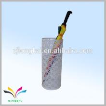 Weiß OEM Blume Form Metall Mesh Regenschirm Halter für Hotelhalle