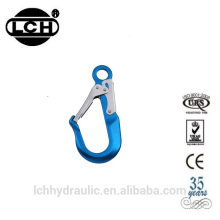 alibaba trade assurance high quality fancy cheap shaped carabiner